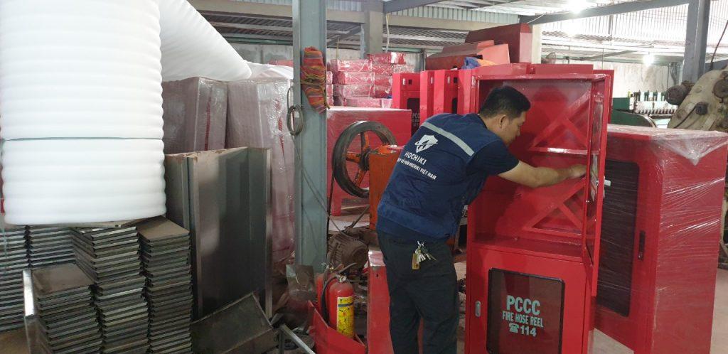 Các lọai hộp, tủ, kệ tại xưởng sản xuất thiết bị PCCC HTH
